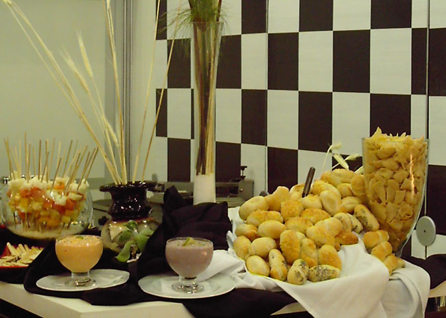 Welcome-Coffee, Estandes e Brunch - Estandes, Coqueteis e Jantares - Catering para Stonos e Lunch Box